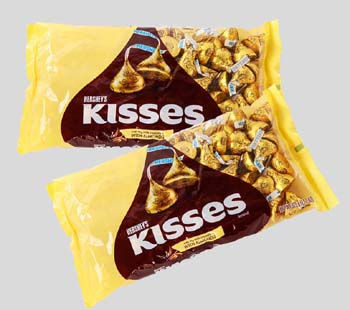 2 pack Hershey kisses